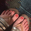 My sexy little toes red: